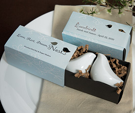Love Bird Salt Pepper Shakers in Gift Package-lovebirds wedding favors, bird themed wedding favors,love bird wedding theme, lovebird wedding favor ideas, bird wedding favors