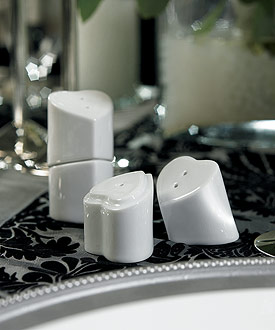 Practical Interlocking Heart To Salt And Pepper Shaker Wedding Favor Set Of 12