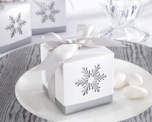 Winter Dreams Laser-Cut Snowflake Favor Box (Set of 24)-Winter Dreams Laser-Cut Snowflake Favor Box
