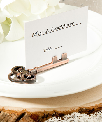 Vintage-inspired place card/photo holders-Vintage-inspired place card/photo holders