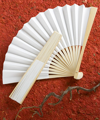 Elegant White folding fans-Elegant white folding fans