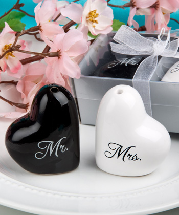 Mr. and Mrs. salt and pepper set-Mr. and Mrs. salt and pepper set