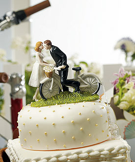 A Kiss Above Bicycle Couple Romantic Wedding Cake Topper-A Kiss Above Bicycle Couple Romantic Wedding Cake Topper